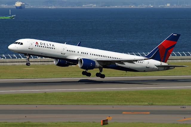 Delta Air Lines N549US Boeing 757-251(WL)