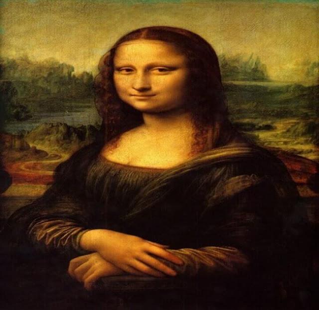 لوحة موناليزا الشهيرة