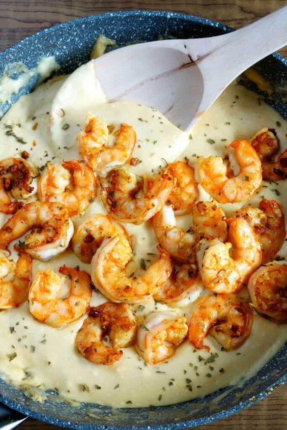 30 Minute Cheesy Garlic Shrimp Alfredo #recipes #dinnertonight #food #foodporn #healthy #yummy #instafood #foodie #delicious #dinner #breakfast #dessert #lunch #vegan #cake #eatclean #homemade #diet #healthyfood #cleaneating #foodstagram