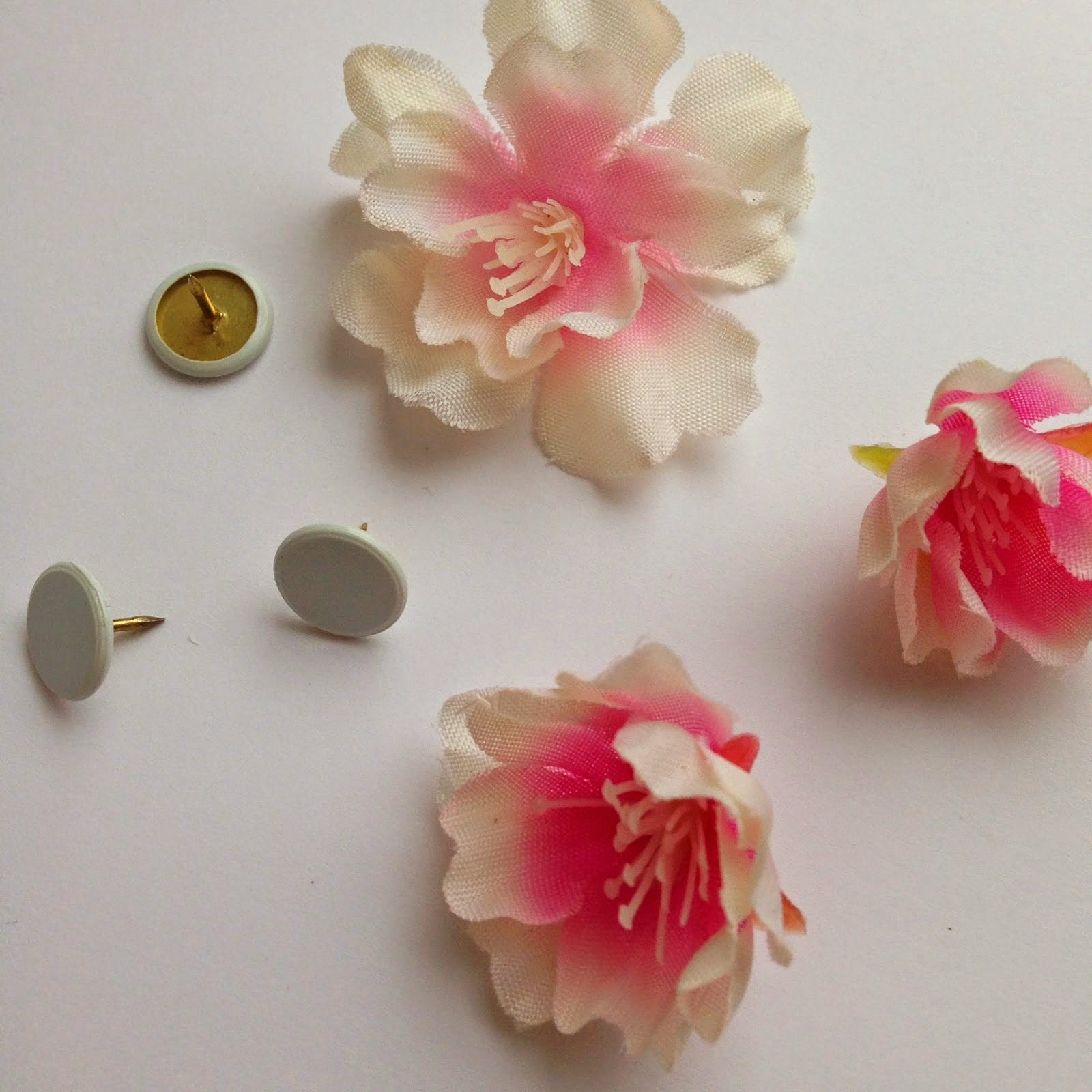 Flower Bulletin Board Pins