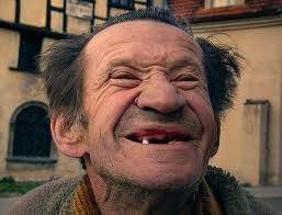 Bilderesultat for funny old faces without dentures