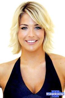جيما أتكينسون (Gemma Atkinson)، ممثلة وموديل إنجليزية