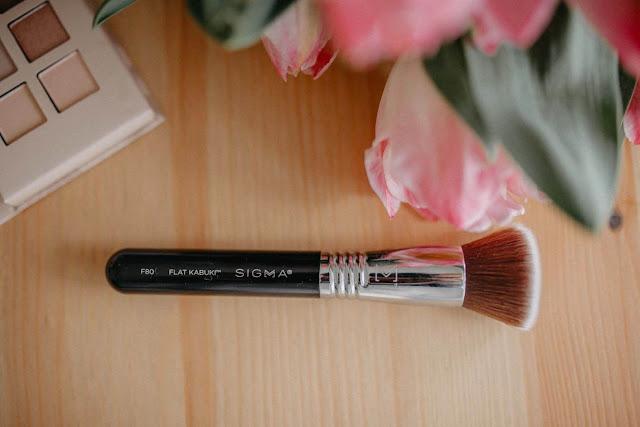 Sigma Beauty Kabuki F80 kist za puder