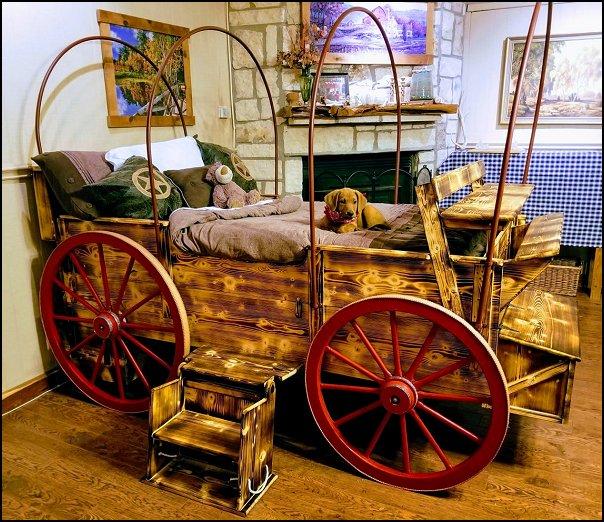 Wagon Twin Bed cowboy bedroom wagon bed rustic decor Cowboy Room furniture