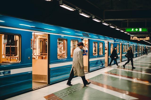 السويد وفنلندا تطلقان خط قطار الركاب