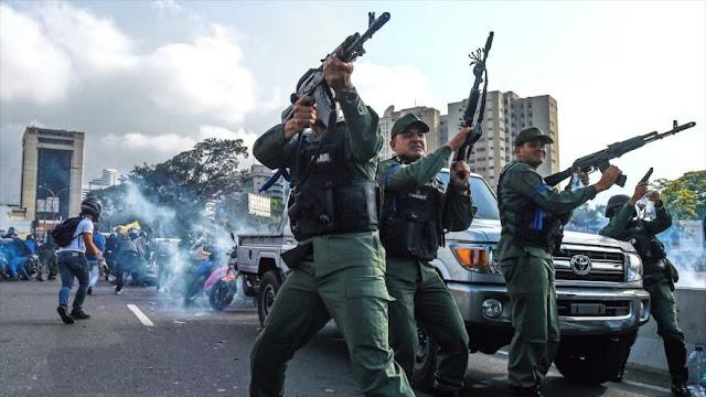 Rusia avisa que EEUU prueba 'guerra híbrida' en Venezuela