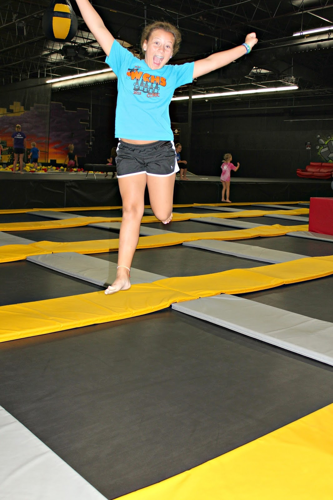 Sexy Girls On Trampolines