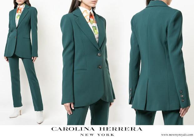 Queen Letizia wore Carolina Herrera evergreen wool blend longline suit jacket