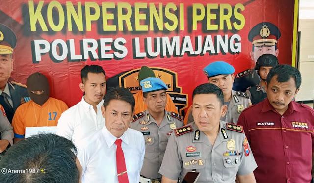 Polres Lumajang saat pers release tersangka penista Nabi Muhammad