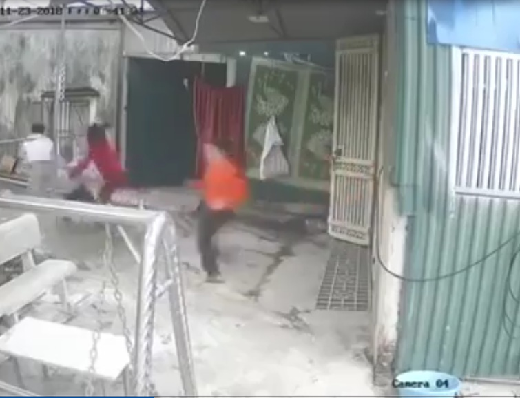 Hàng xóm đánh nhau quá nhiều vì giành lối đi