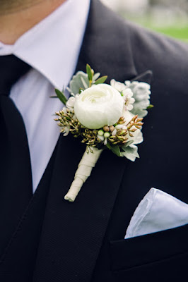 white floral boutonniere