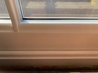 Sash window with deep bottom rail