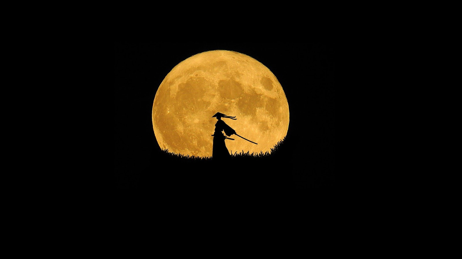 far away of a black background with a samurai sihlouetting a full moon for blog post about war movie suicide missions