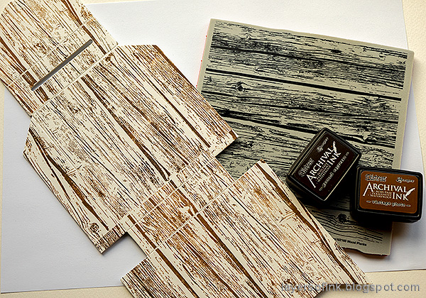 Layers of ink - Autumn Postbox Tutorial by Anna-Karin Evaldsson. Stamp with SSS Wood Planks.