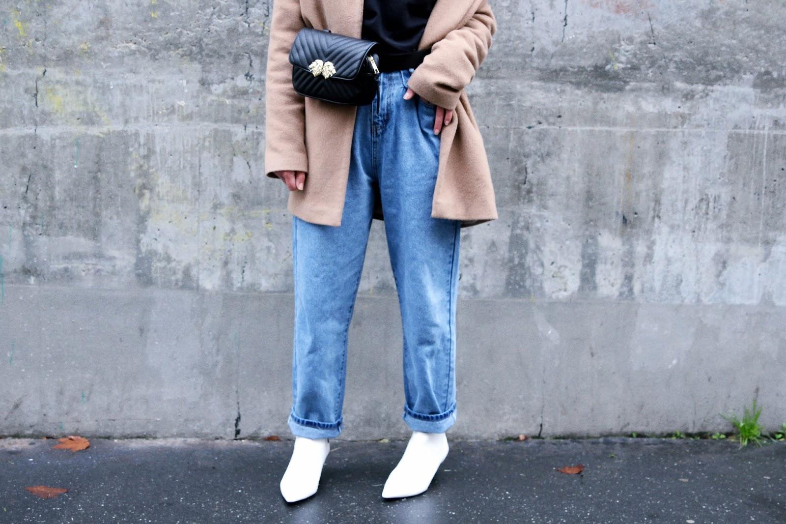 idée de look tendance hiver Sac banane et jean large Oh Hey Girl