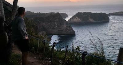 Un voluntario en su viaje solidario medioambiental a Indonesia