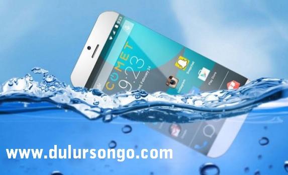 Cara Mengatasi Handphone Yang Terkena Air