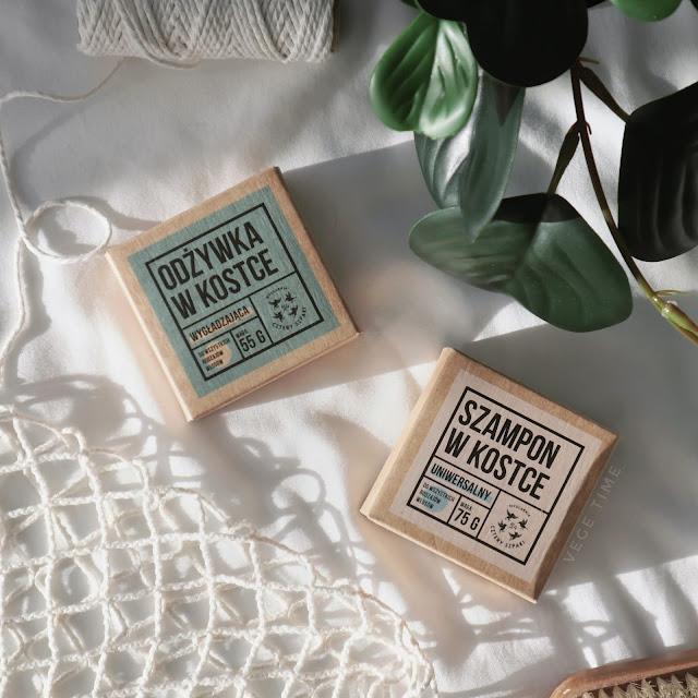 Naturalny szampon i odżywka do włosów w kostce Cztery Szpaki | Wegańskie & Zero Waste