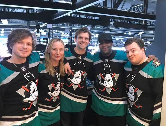 Se viene el reboot de 'The Mighty Ducks' y todo el elenco original estará presente