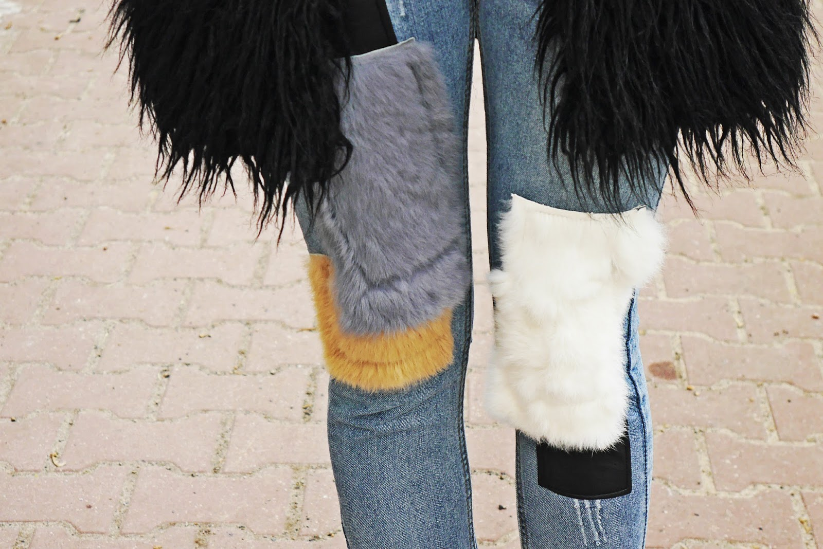 denim_jeans_with_fur_karyn_blog_look_020217