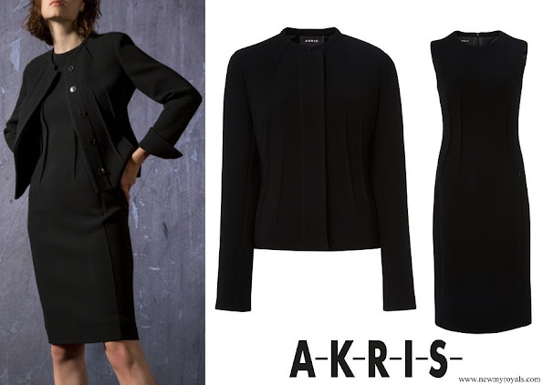 Akris Resort 2019 New York Collection Akris abadin double face jacket and Akris wool crepe double face dress