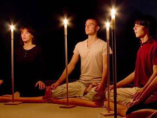El Trataka es una antigua técnica de meditación, utilizada en el yoga, para potenciar la capacidad de concentración del individuo