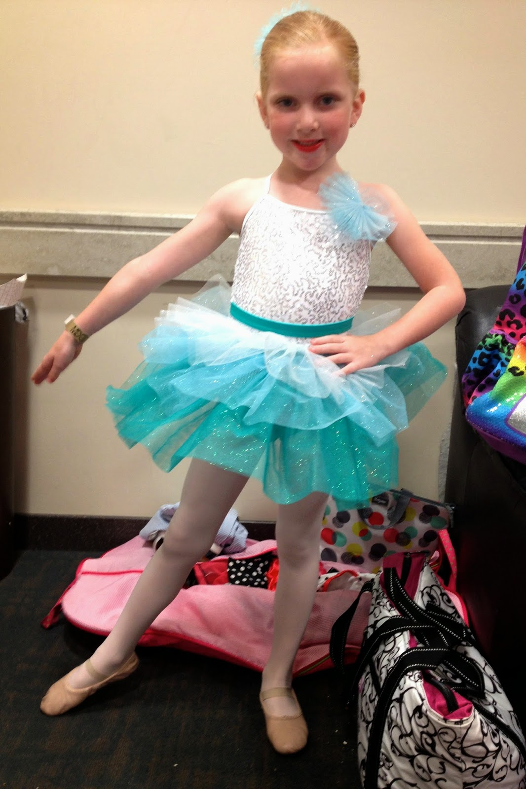 The Binder Mom Hannah Kate S Dance Recital And A Video