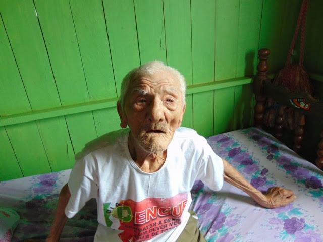 Soldado da Borracha de 108 anos resiste e espera por seus direitos;