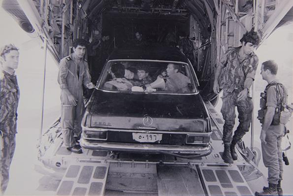 operation entebbe, operation thunderbolt, dora bloch, story of operation thunderbolt, uganda rescue operation, israel military operation, idi amin, uganda, इस्राईल, एन्तबेची मोहीम, ऑपरेशन एन्तबे, ऑपरेशन थंडरबोल्ट, इदी अमीन, युगांडा