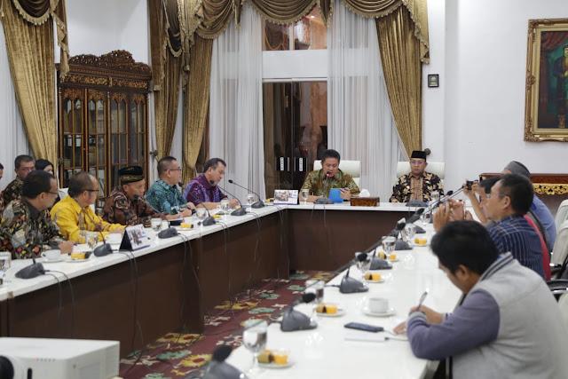Gubernur Tunjuk Wabup Juarsah Jabat PLH Bupati Muara Enim