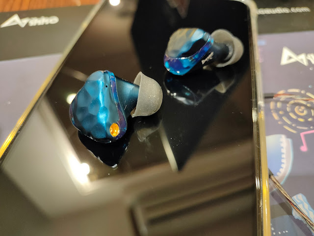 ikko OH1S 高解析單鐵單動圈 入耳式監聽耳機,MMCX可換線耳機 - 1