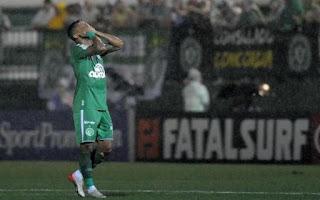 Do céu ao inferno: a crise do futebol catarinense