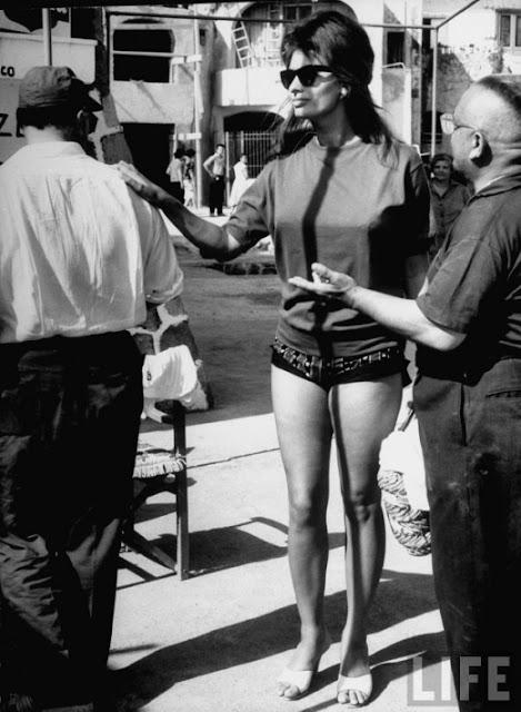 Sophia Loren by Alfred Eisenstaedt, Italy, 1961 ~ vintage