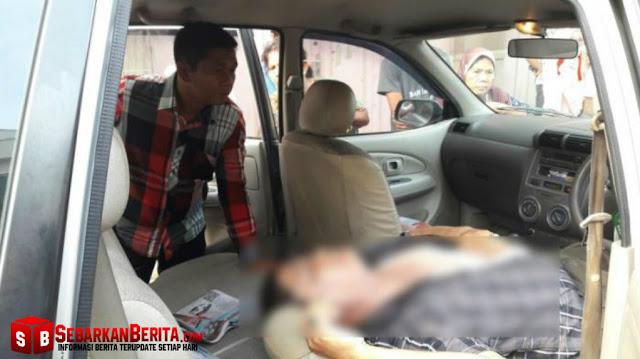 Daniel Gultom  warga Jalan Dairi, Lingkungan IV, Kelurahan Sei Agul, Kecamatan Medan Barat Ditemukan Tewas di Dalam Mobilnya.