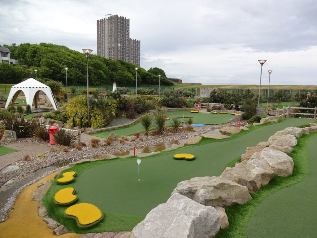 The Ham and Egger Files: Championship Adventure Golf in New Brighton