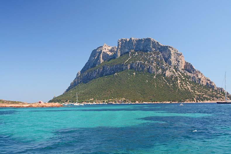 La isla de Tavolara: El reino más pequeño del mundo | Italia