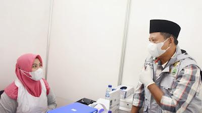 Wagub Jabar Tinjau Sentra Vaksinasi BPBD Jabar di Karawang dan Bekasi