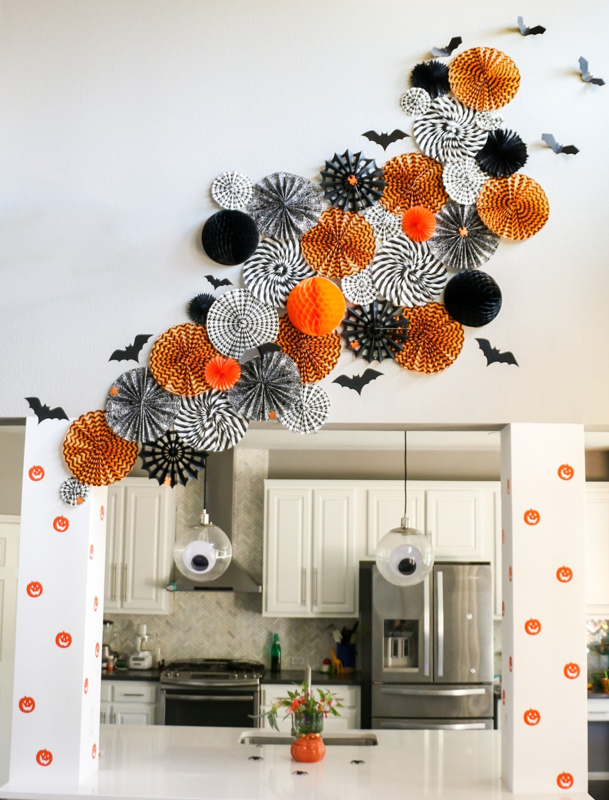 Halloween Chic Decorate It Halloween Wall Art A Kailo Chic Life
