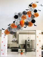 http://www.akailochiclife.com/2015/10/decorate-it-halloween-wall-art.html