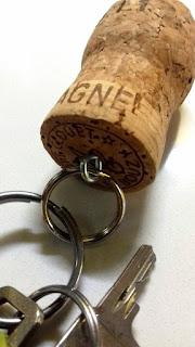Korkki avaimenperä