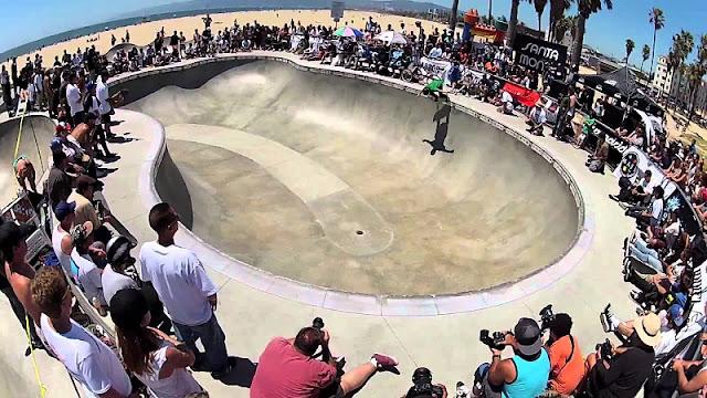 Sobre as pistas de skate em Santa Mônica