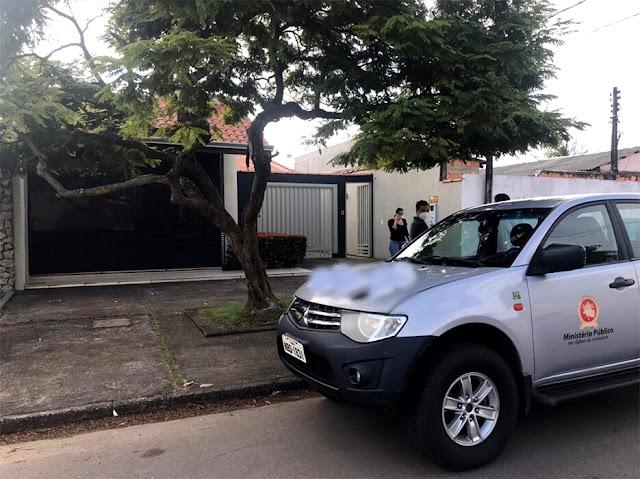 Vídeo: MP e Polícia fazem buscas no escritório do advogado Nelson Canedo, envolvido com Júnior Gonçalves