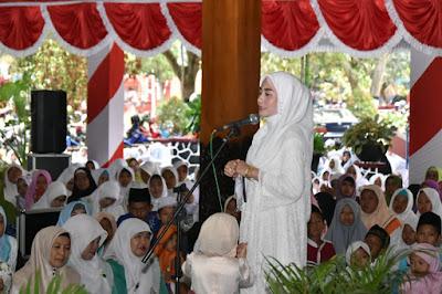Novita Hardini Ajak Perempuan Muslimah Berjuang Membentuk Generasi yang Tangguh