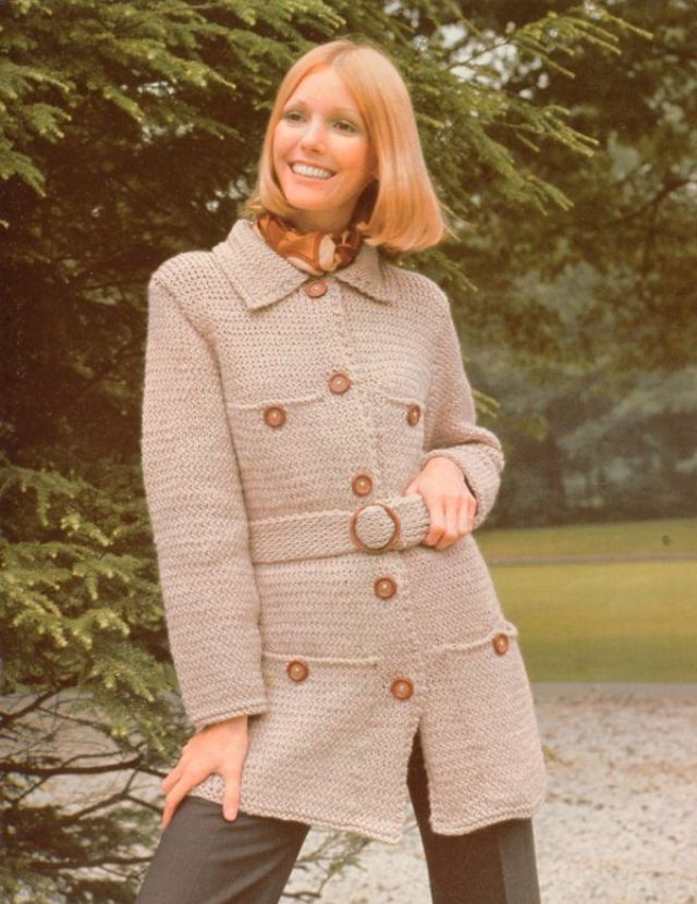 35 Glamorous Photos of Young Women in Knitwear That ...