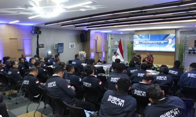 Data Pribadi Presiden Jokowi Bocor, DPR Singgung Bagaimana sih Tugas Polisi Siber