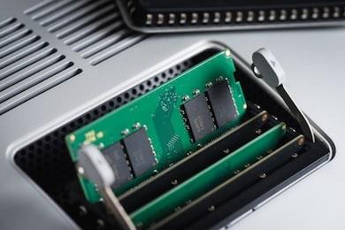 cara mengatasi slot ram yang rusak pada laptop