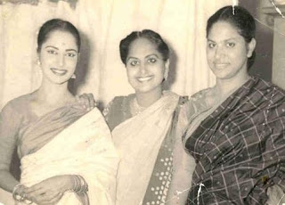 Waheeda Rehman Family Husband Son Daughter Father Mother Marriage Photos Biography Profile.