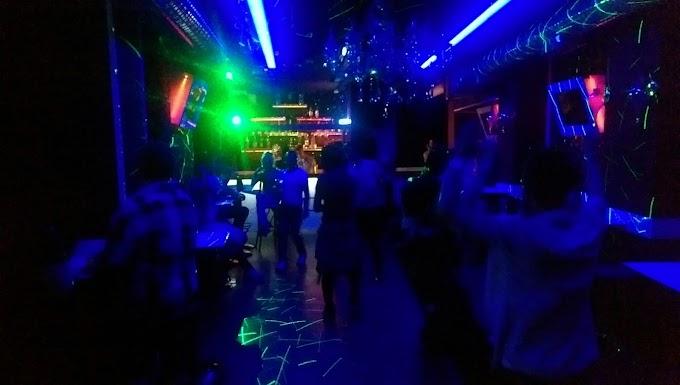 Adana'da travesti - gay bar var mı ?
