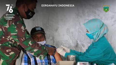 Vaksinasi di Markas Koramil Padang Panjang