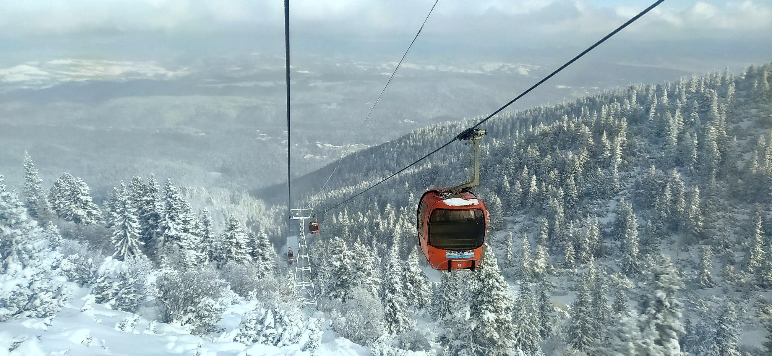 Bułgarskie stoki narciarskie – zima na Bałkanach